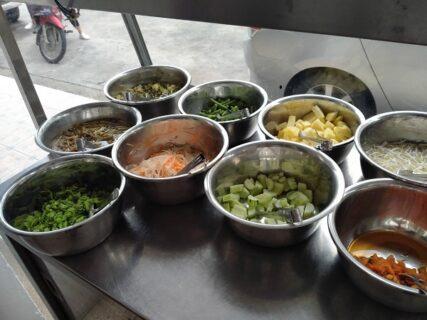 カノムチーンの野菜