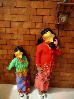 プーケットプラナカンミュージアムで子供たちと記念撮影3