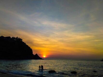 プーケットのシークレットビーチ、バナナビーチの夕日