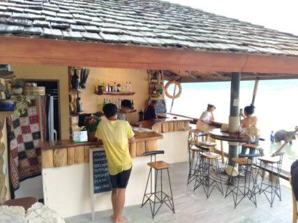 象さんビーチはプーケット観光の新定番!エレファントスイムのバー